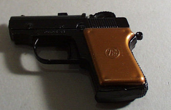 Toy Metal Cap Gun Marked Zee toys in circle,