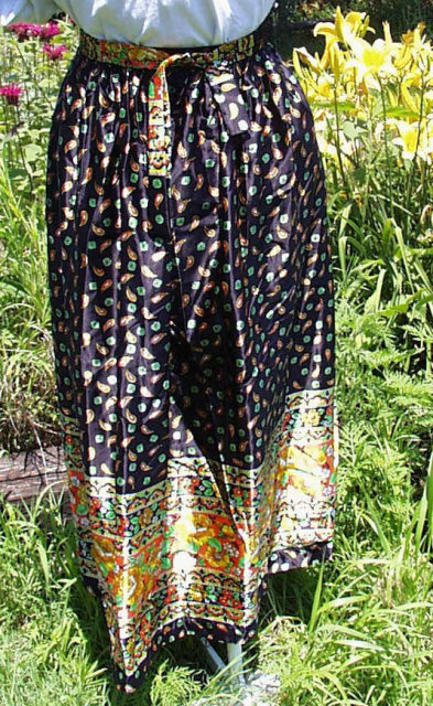 Black Chintz Long Vintage Skirt