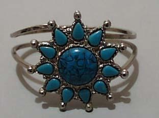Faux Turquoise & Silver tone Bracelet