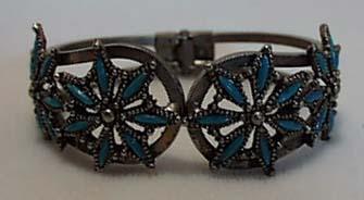 Simulated Turquoise Hinged Bracelet