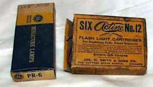 4 Flash light cartridges & ge flash bulbs