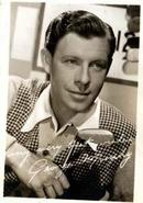 Photo of George Murphy, studio signed
