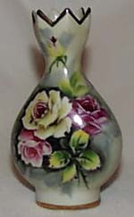 Vacago roses vase with pointed top, unusual t