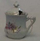 Small lidded porcelain cup,made before 1900