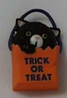 Gibson Halloween Black Cat in Bag Pin