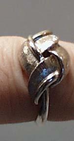 Ribbon Design Silver Tone Ring Avon