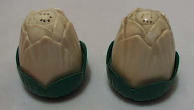 Jay Don Plastic Eggplant S & P Green Base