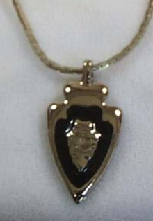 Royal Indian Arrow Pendant Silver tone