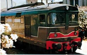 RR Train Italy Diesel Electric of the D-443 postcard
