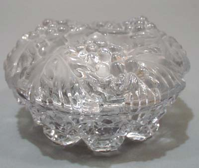 Covered grape and leaf glass bowl