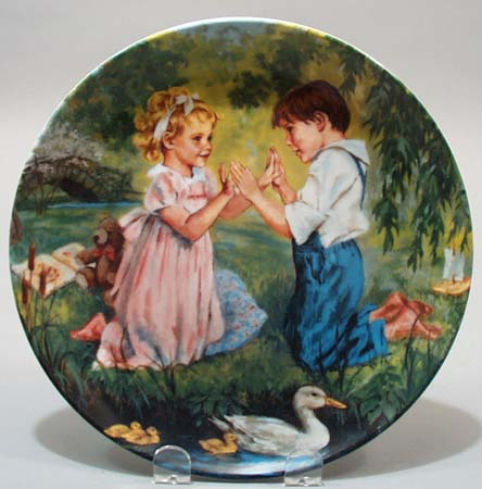 Knowles Pat a Cake 1990 collectors plate
