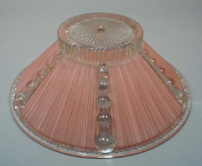Heavy ruffle glass shade
