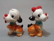Pr of ceramic pooches