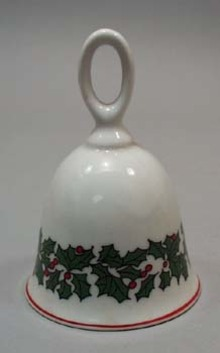 Colonial candle Holly wreath Bell