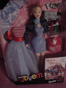Mundo Jovem Barbie, Mint in Box