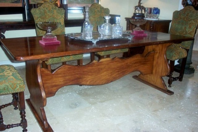 Early XX Century Refractory Table