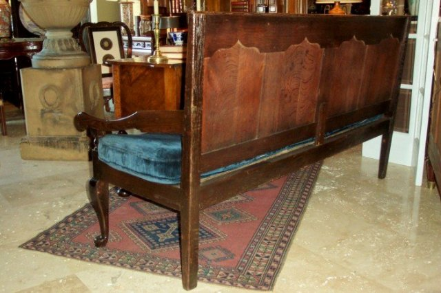 XVIII Century English Oak Queen Anne Bench