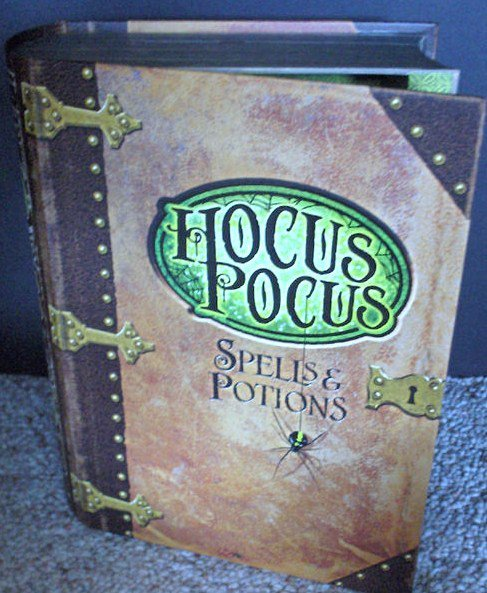 Hallmark 2011 Halloween Candy  Presenter Chest w/ SOUND-Hocus Pocus Spell Book