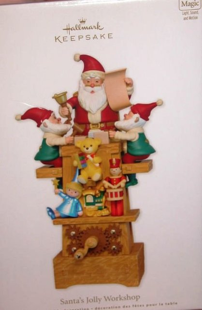 Hallmark 2011 SANTA's JOLLY WORKSHOP Tabletop- Magic- Christmas