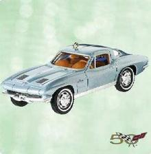 Hallmark 2003 Corvette 1963 Sting Ray Coupe #13 Die-Cast Metal Ornament