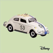 HERBIE THE LOVE BUG #53~HALLMARK Disney Christmas ORNAMENT- 2004 Die-cast