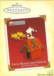 SANTA BEAGLE and FRIENDS Hallmark Snoopy 2005 Ornament