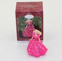 1990 Happy Holidays BARBIE Hallmark 1998 Club #3 Ornament