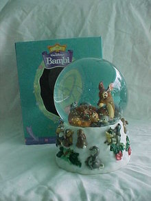 Disney BAMBI Musical Water Globe Waterball Enesco