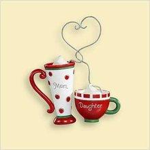 Hallmark 2006 MOM AND DAUGHTER COFFEE Cocoa CUPS~Ornament