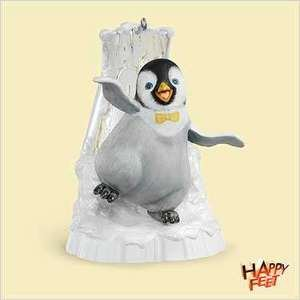HAPPY FEET Penguin MUMBLE MOVES Hallmark 2006 Ornament