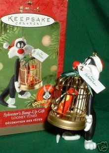 Sylvester's Bang Up Gift~ Hallmark 2001 Ornament~Tweety