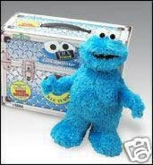 NEW! COOKIE MONSTER TMX Friends of Elmo~Sesame Street Plush~Interactive