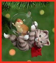 Hallmark 2001 MISCHIEVOUS KITTENS~Christmas Ornament~3rd in Series~ W/ Gerbil~Mint