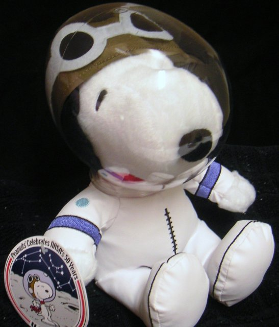 NASA SNOOPY~Celebrates NASA's 50 Years~Astronaut Plush