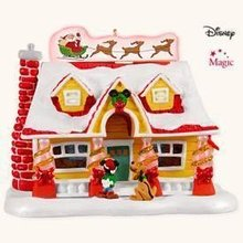 2008 Hallmark DECK THE HOUSE~Magic Christmas Ornament~Mickey & Pluto~Disney