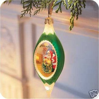 HALLMARK ILLUMINATIONS~SANTA'S CHRISTMAS MAGIC~Christmas Ornament