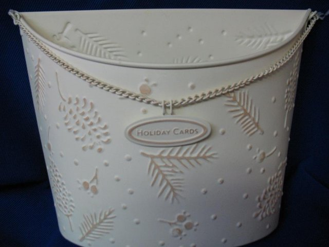 2004 Hallmark  LETTER OR CARD HOLDER~Holiday