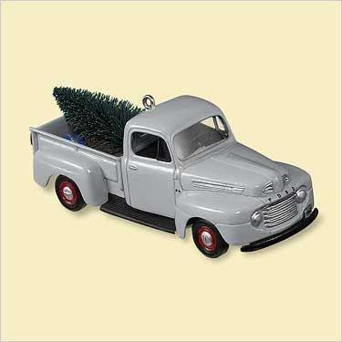 NEW! 2006 Hallmark 1948 FORD F-1 Truck Christmas Ornament #12