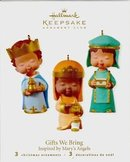 Hallmark 2010 GIFTS WE BRING~Porcelain 3 Piece Club Exclusive Ornament~Mary's Angels Nativity