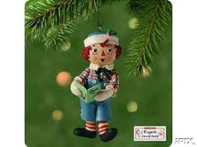 Raggedy Andy Hallmark 2001 ornament