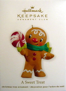 Hallmark 2011 A SWEET TREAT Gingerbread Man Christmas Ornament
