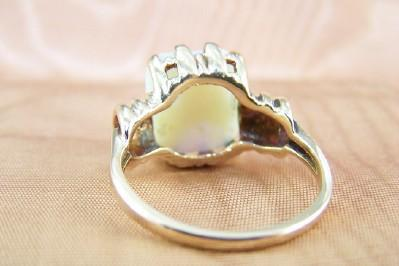 Art Deco Opal and Gold Ring