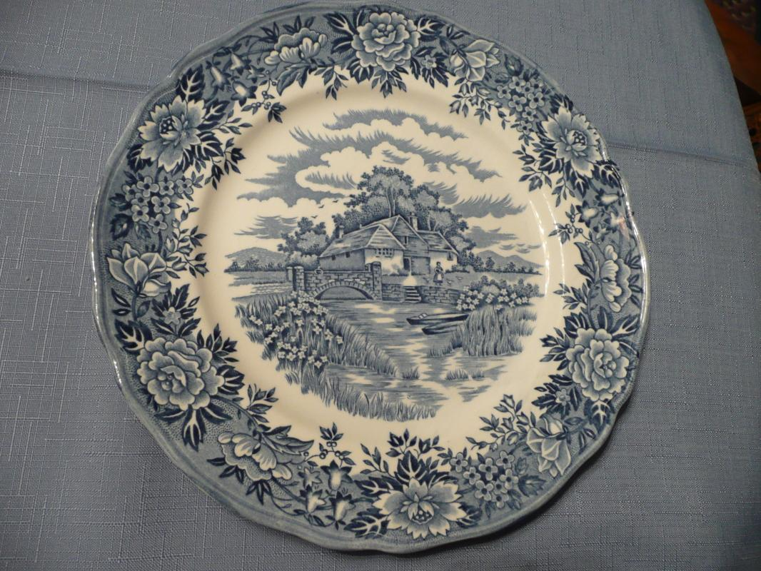 Olde Staffordshire Enghish Village Dinner Plate