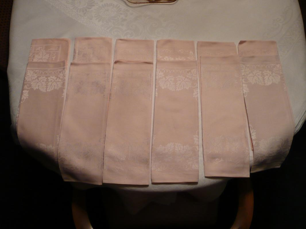 Light Pink Linen Napkins
