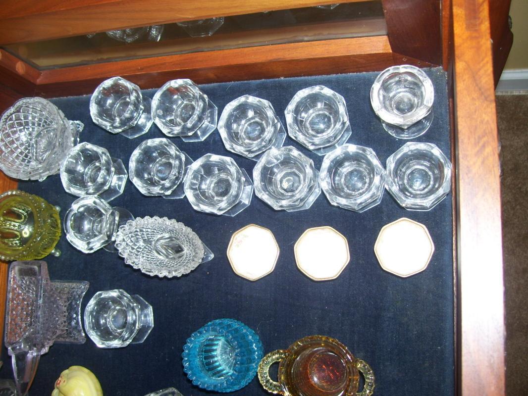 open Salts lrg lot 50 w/ display table