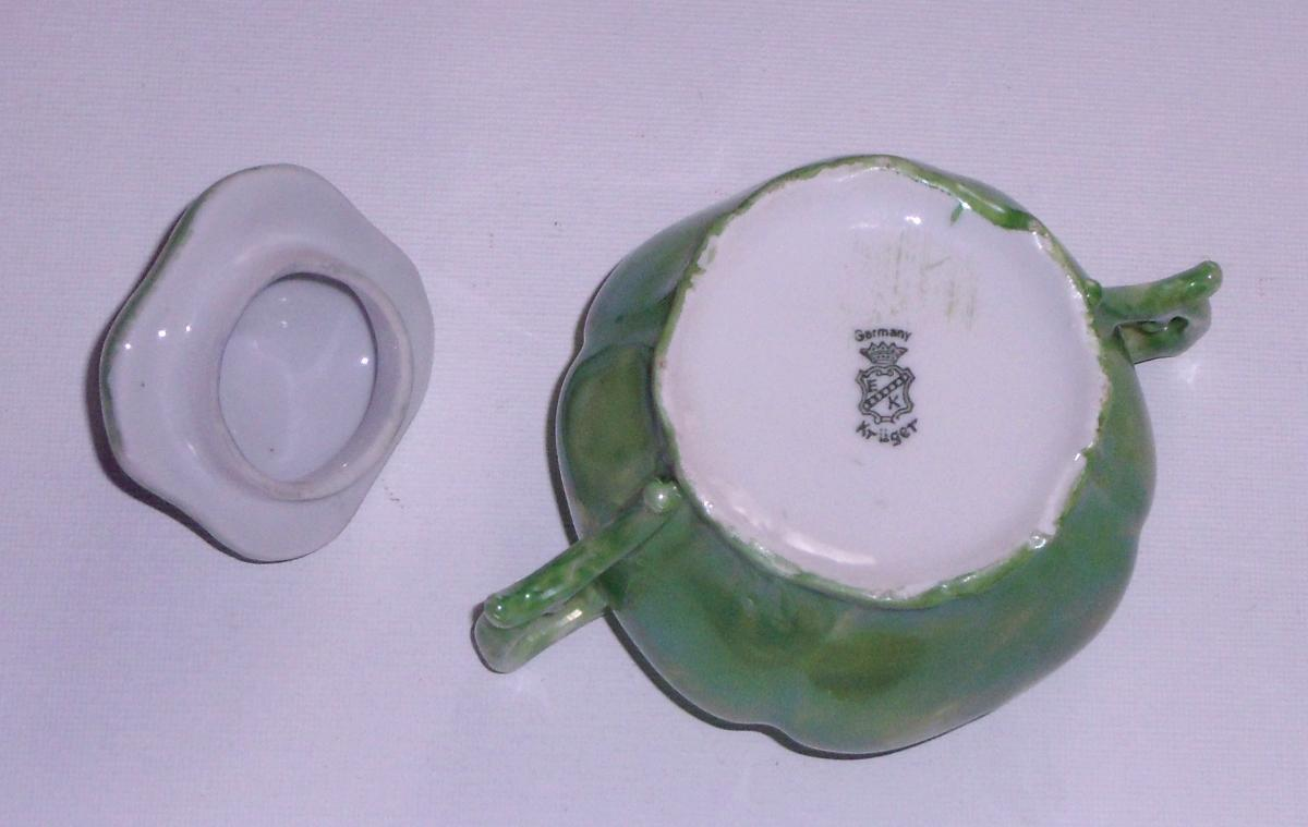 Kruger (Krûger) Bone China Creamer & Sugar Bowl With Lid
