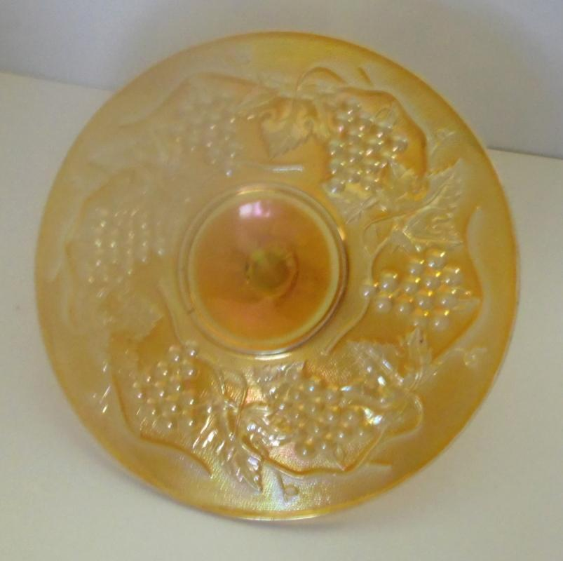 CARNIVAL GLASS SANDWICH SERVER