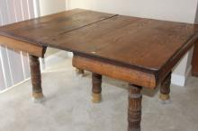 Early 20th Century Brown Dutch Oak Rustic Farm Table