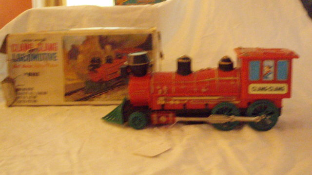 battery powered clang clang locomotive