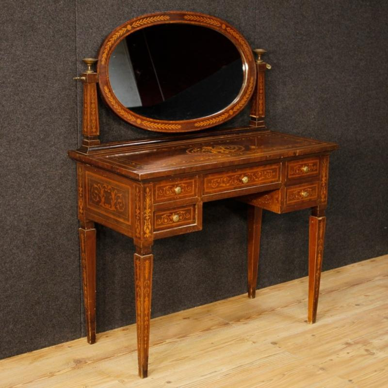 20th Century Italian Inlaid Dressing Table In Louis XVI Style
